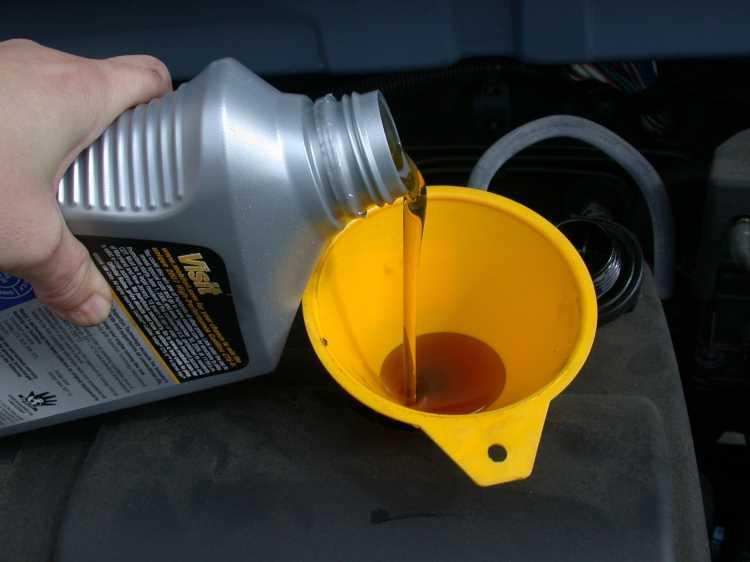 4 помилки при заміні масла, які псують двигун і скорочують його життя.