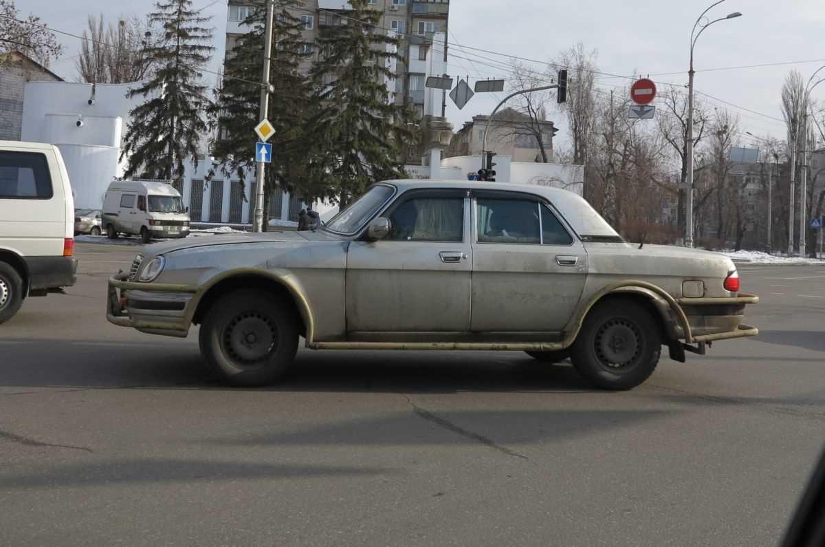 Волга по-українськи міцніша за позашляховик (фото)